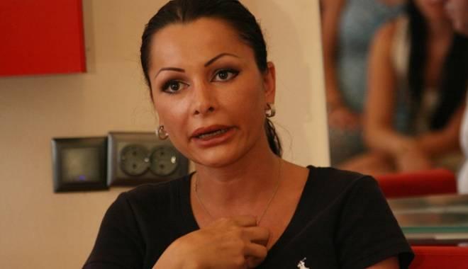 Foto: Ilie Năstase şi-a băgat soţia în politică. Brigitte Sfat a devenit şefa femeilor UNPR Timiş