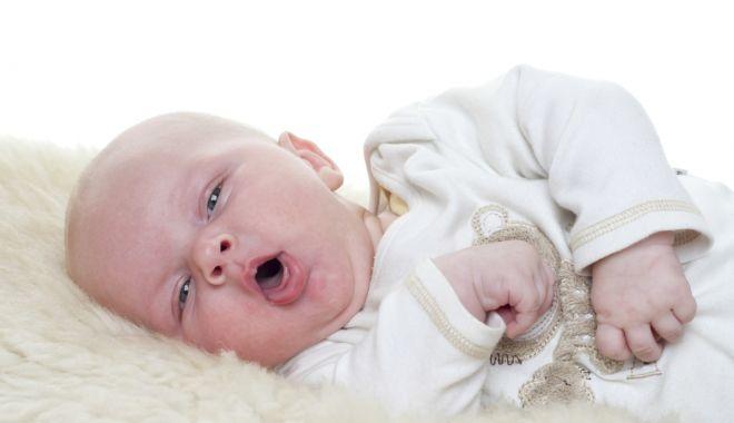 Foto: Bronşiolita îmbolnăveşte, deseori, copiii de până în trei ani
