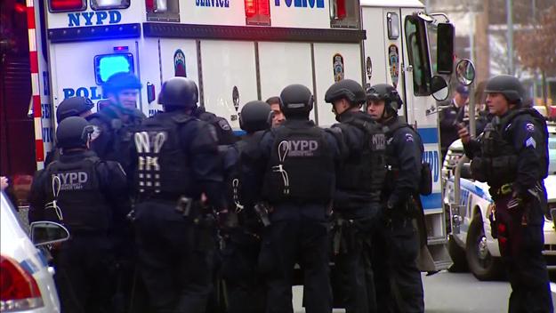 """Foto: """"Atac cu bombă"""" la New York. Poliţia, în stare de alertă. Un suspect a fost arestat"""