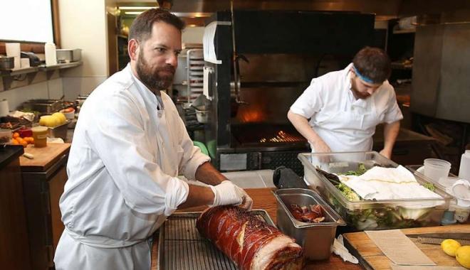 Foto: Se caută bucătari cu permise de muncă