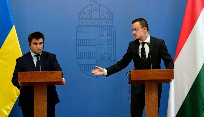 Foto: Budapesta și Kievul caută soluții în problema drepturilor minorităților