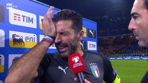 Foto: Buffon şi-a anunţat retragerea din naţionala Italiei. Finalul trist al unei cariere de legendă