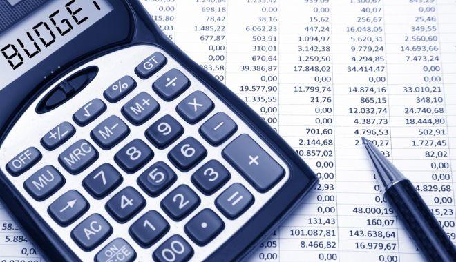 Foto: Bugetele statului cheltuiesc mai mult decât încasează