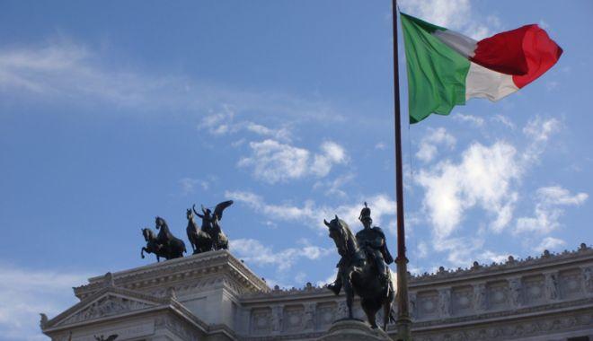 """Foto: Comisia UE respinge  bugetul Italiei. Furie la Roma: """"Ei atacă poporul"""""""