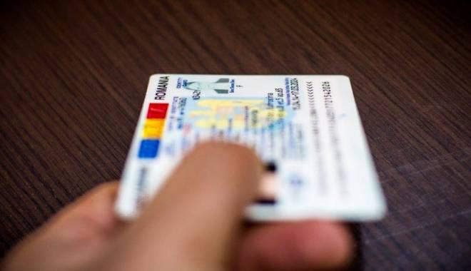 Foto: Se schimbă buletinele! Cum vor arăta şi ce date nu vor mai fi precizate