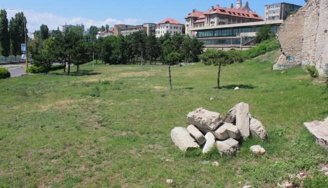 GALERIE FOTO. Unde va fi amenajat și cum va arăta cel mai nou parc al Constanței - bulevardulmarinarilor11-1373472535.jpg