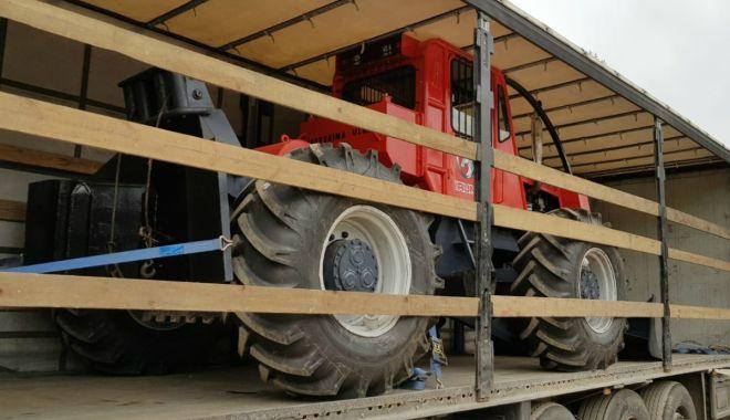 Foto: Bulgar prins cu un tractor furat, la intrarea în România