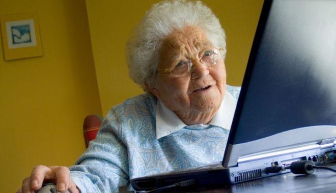 Foto: Când greşeşti adresa de e-mail