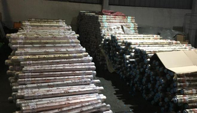 Bunuri contrafăcute în valoare de peste 180.000 lei, confiscate în Portul Constanța - bunuricontrafacute1-1548236230.jpg