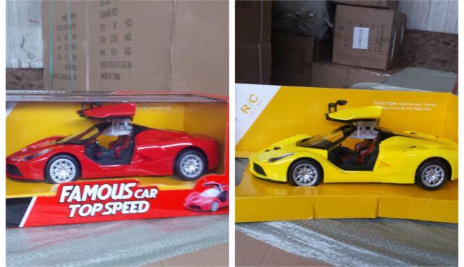 Foto: Bunuri contrafăcute, confiscate în Portul Constanţa Sud Agigea