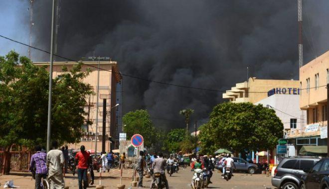 Foto: Atentat terorist la ambasada Franței! 30 de morți și zeci de răniți