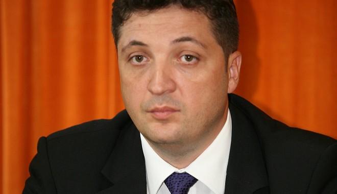 Foto: Fostul şef al POLIŢIEI CONSTANŢA, Valentin Burlacu, bun de plată! Un fost subordonat i-a pretins daune morale