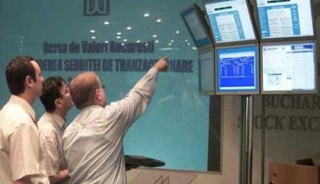 Foto: Bursa a început în forţă anul 2017