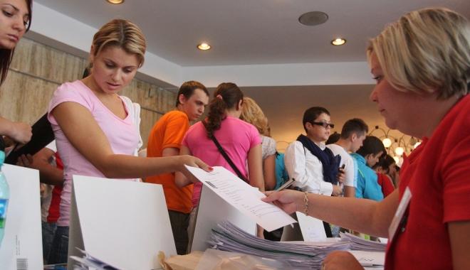 Foto: Bursa locurilor de muncă pentru absolvenți se va desfăşura în toată ţara
