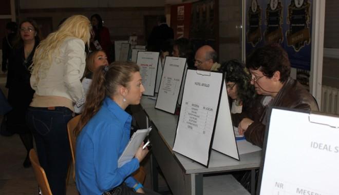 De ce la Constanţa sunt de zece ori mai puţine locuri de muncă decât la Cluj
