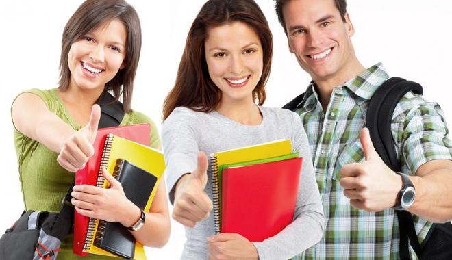 Foto: Veşti bune pentru studenţi! Vor primi burse şi în vacanţe