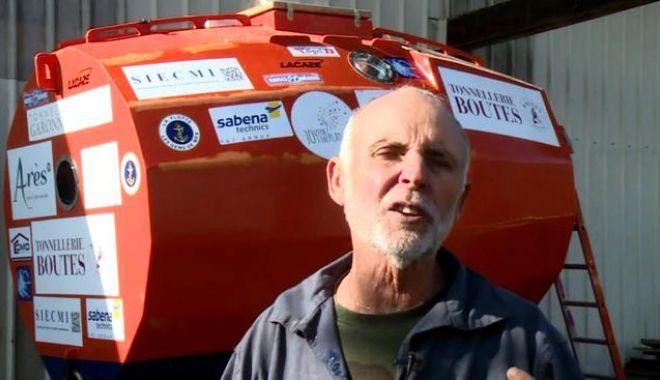 Foto: La 71 de ani, vrea să traverseze Oceanul Atlantic într-un butoi