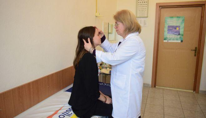 Medicină școlară cu aparatură din vremea bunicii! - cabinetescolare3-1521740295.jpg