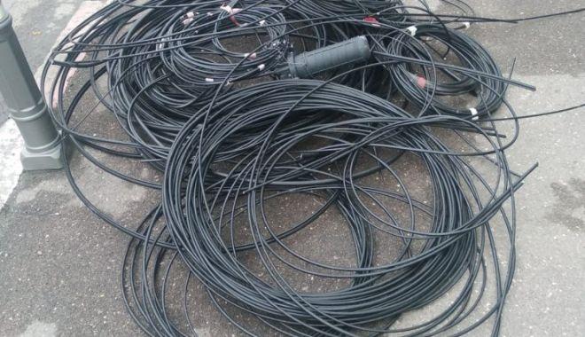 Foto: Continuă lucrările de tăiere a cablurilor, la Constanţa