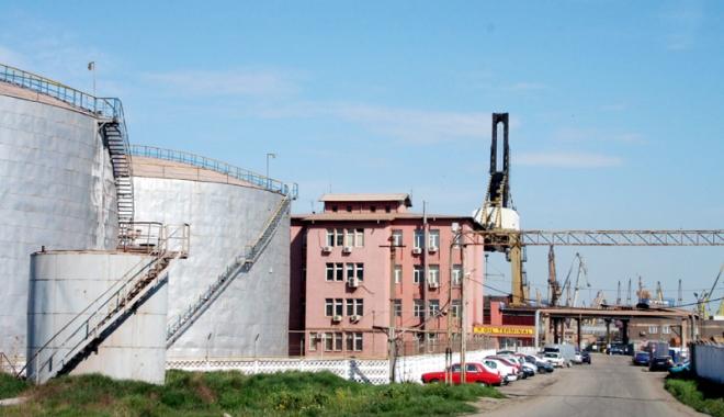 Foto: Cu cât e mai profitabilă compania Oil Terminal, cu atât pierde mai mult