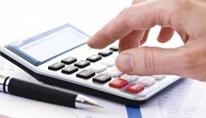 Foto: Guvernul impune CAS-CASS pentru toate persoanele fizice care realizează venituri