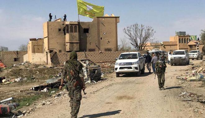 """Foto: """"Califatul"""" Statului Islamic a căzut. """"Un pericol major este eliminat!"""""""