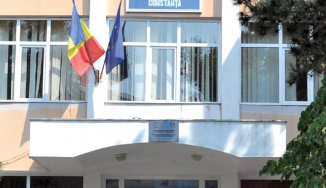 Motivul incredibil al schimbarii directorului Monica Niciporuc! - calinescu-1314996032.jpg
