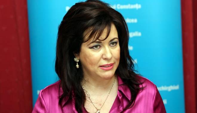 """Foto: Camera de Comerţ Constanţa """"divorţează"""" de Corina Martin, după """"escapada"""" din Moscova"""