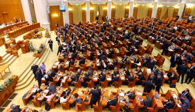 Foto: Coaliția PSD-ALDE și-a pierdut majoritatea la Camera Deputaților