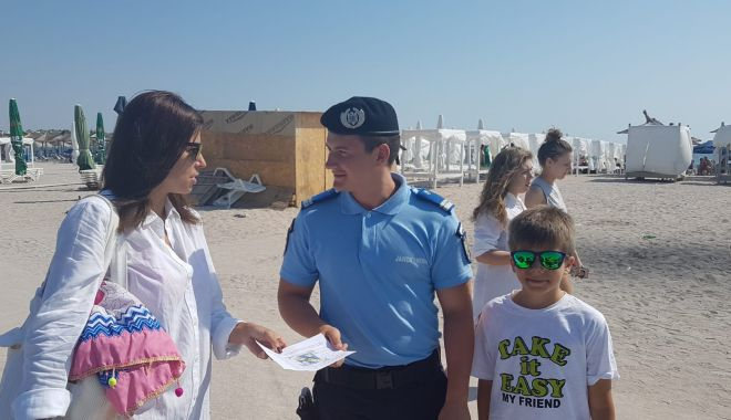 """Foto: Campania de informare """"Vacanță în siguranță!"""", pentru securitatea turiștilor"""