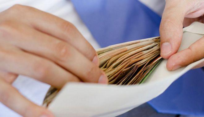 Constănțenii sunt informați despre comportamentul anticorupție - campanie-1572617461.jpg