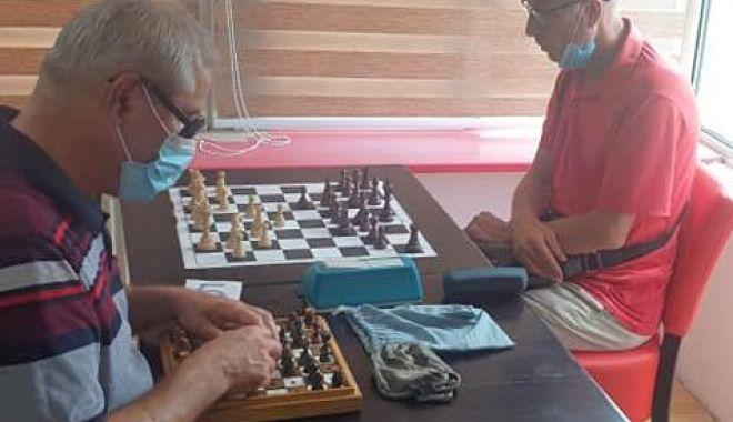 Campionatul României pentru veterani, dominat de constănţeanul Alexandru Kutnic - campionatul2-1626113648.jpg