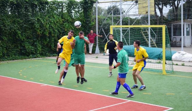 Campionatul Intern de mini-fotbal al SLN. Cine este noua campioană - campionatul3-1501088043.jpg