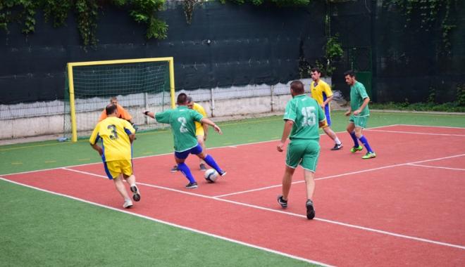 Campionatul Intern de mini-fotbal al SLN. Cine este noua campioană - campionatul5-1501088062.jpg