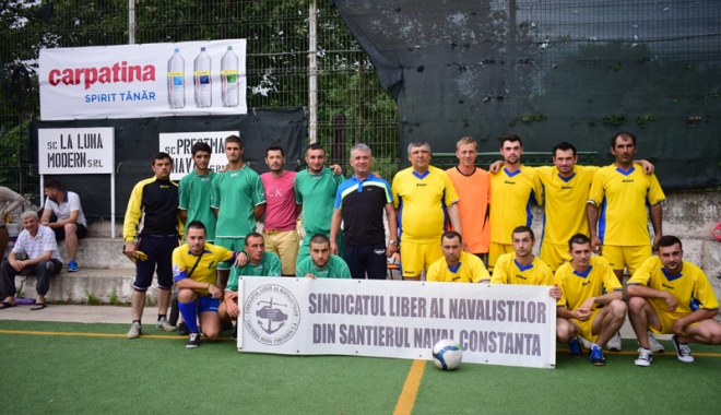 Foto: Campionatul Intern de mini-fotbal al SLN. Cine este noua campioană