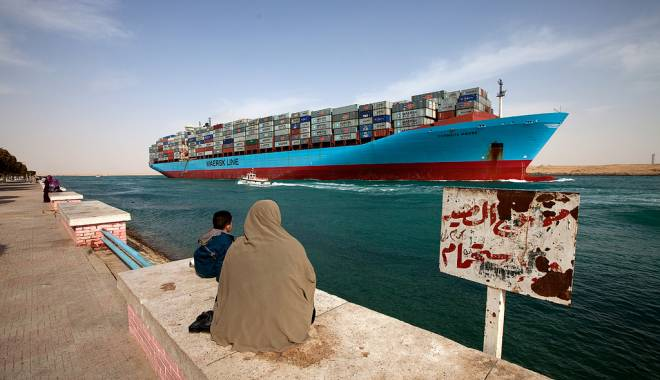 Foto: Record pe Canalul Suez
