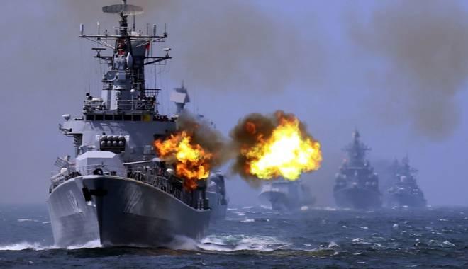 Foto: C�nd bubuie tunurile ruse�ti pe Marea Neagr�, cine are chef de croaziere la Constan�a?