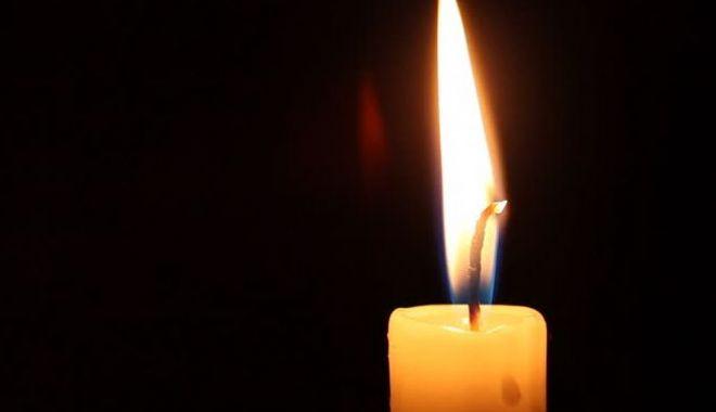 Doliu în medicina constănțeană. A murit un cunoscut doctor - candela-1571644470.jpg