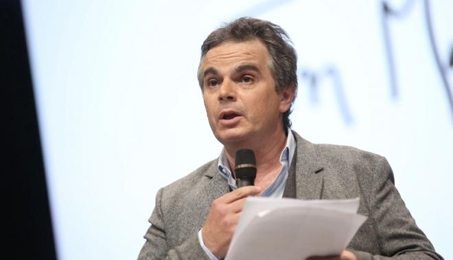 Foto: Candidat surpriză  la alegerile din Franţa
