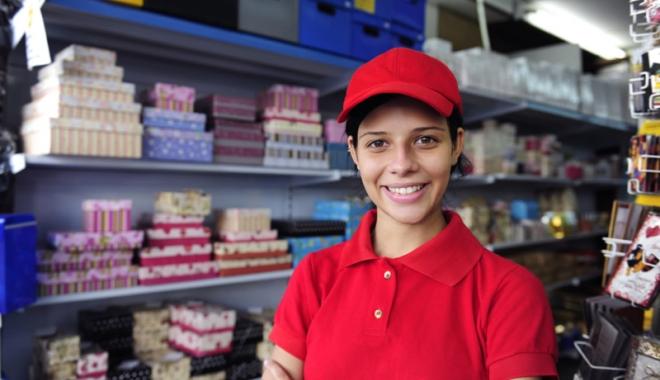 Foto: Când pot lucra minorii, cu carte de muncă