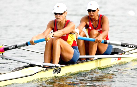 Foto: Jocurile Olimpice 2012: Canotaj - echipajul feminin român de dublu rame a obţinut doar locul 5