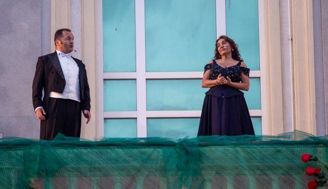 Foto: Concert de arii și cântece celebre, la Teatrul