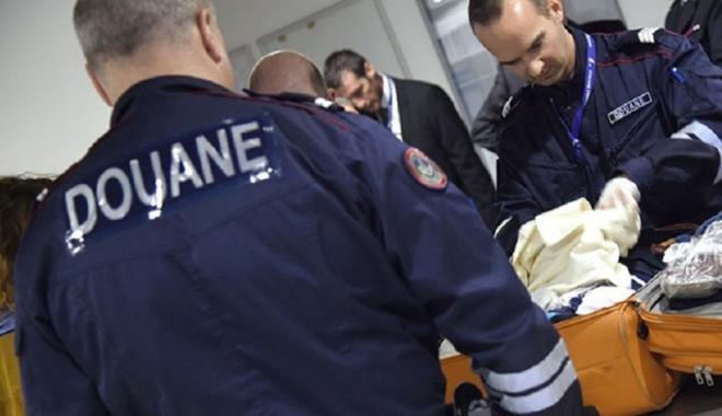"""Foto: Captură importantă  de captagon, """"drogul jihadiştilor"""",  în Franţa"""