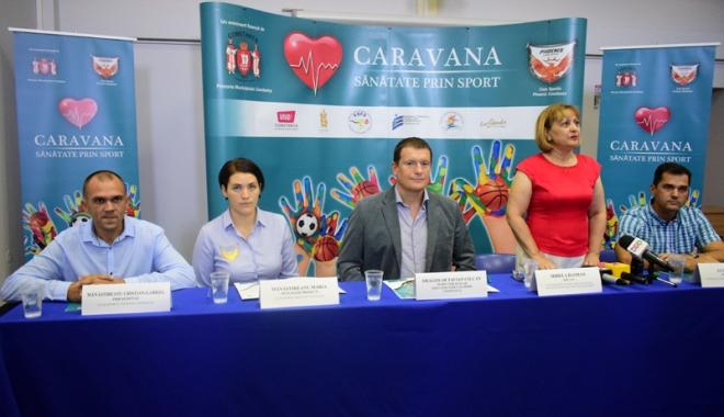 """Foto: """"Caravana Sănătate prin Sport"""" ajunge în instituţiile de învăţământ din Constanţa"""