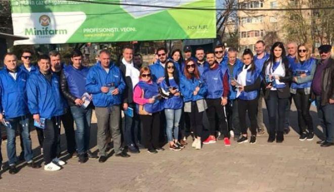"""Foto: """"Caravana pietonală""""  ALDE Constanţa a ajuns  în cartierele Inel 2 și Brătianu"""