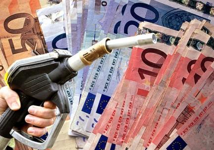 Foto: Topul statelor europene după preţul motorinei. Vezi unde găseşti cei mai ieftini carburanţi