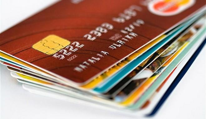 Foto: Falsificatori de carduri căutaţi la Constanţa!