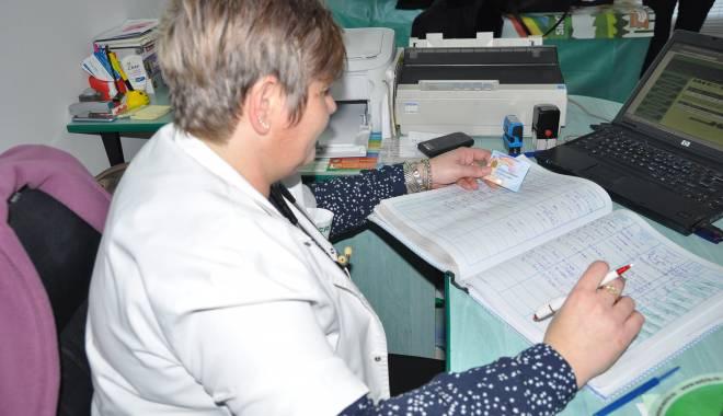 Câte carduri de sănătate au ajuns la pacienții asigurați - carduriasigurati-1430333443.jpg
