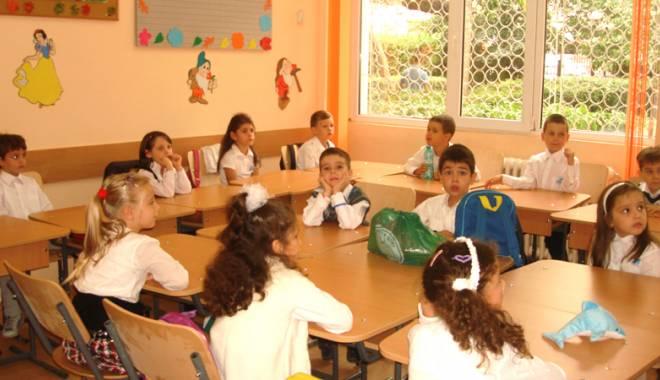 Foto: Care sunt şcolile constănţene care mai primesc copii la clasa pregătitoare