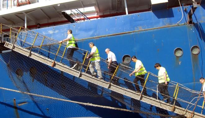 """Foto: Cargoul """"Al Mortada"""", prins în ofsaid de ITF România"""
